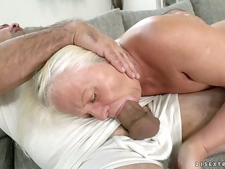 Venerable on the qui vive woman Anett is fucked hard at the end of one's tether hot blooded young man