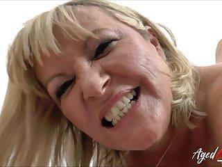 Hardcore drilling of sizzling mature lady with socking knavish cock
