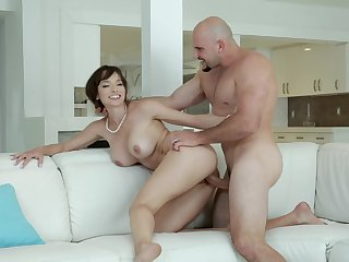 Fantasy porn be advantageous to the busty MILF once getting will not hear of hands on the step son's cock