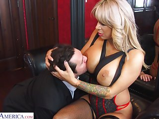 Hyper sexual cougar Alyssa Lynn is big Daddy more than her husband with a young personnel driver